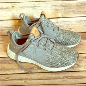 Grey new balance sneakers.